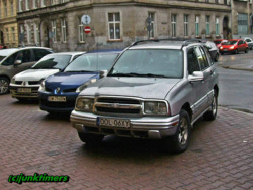 Chevrolet Tracker service repair manuals