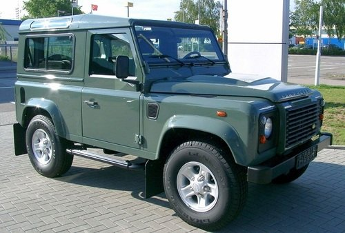 Thumbnail Land Rover Defender 300 TDI Manual Collection