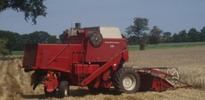 Thumbnail International Operator Manual 541 IHC Combine IH
