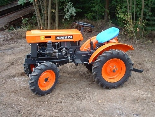 kubota b6100e p tractor illustrated master parts list manual instant download