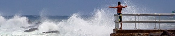 Thumbnail Man and waves, web banner photo