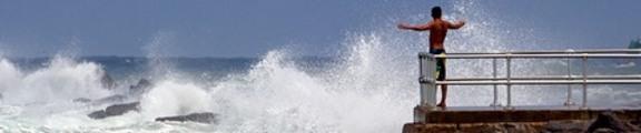 Thumbnail Man and waves, web banner photo