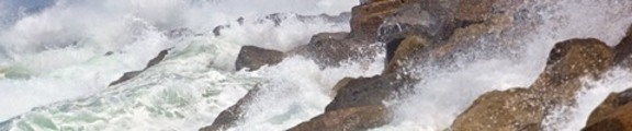 Thumbnail Ocean Waves on Rocks, web banner photo