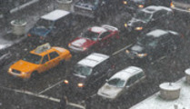 Thumbnail Park Ave Traffic in snowstorm, NYC