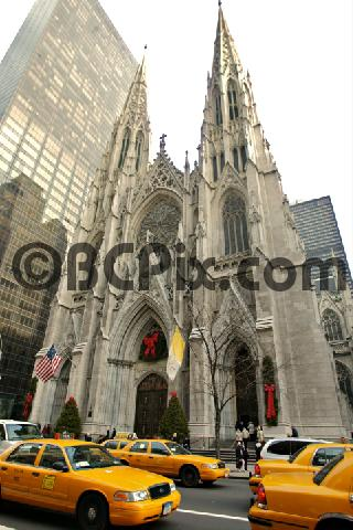 Pay for St. Patricks Cathedral and Taxis, New York City