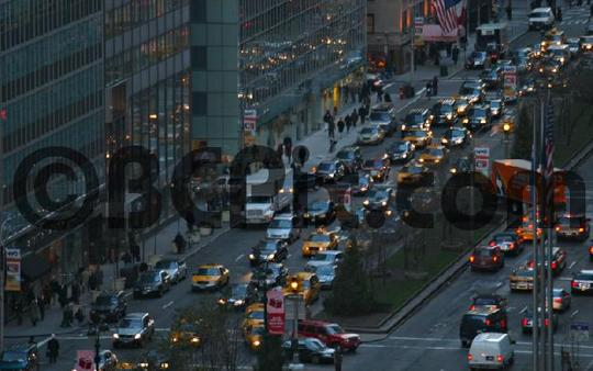 Pay for Evening traffic on Park Avenue, NYC