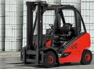 Thumbnail Linde Diesel Forklift Truck 392-02 Series: H20D, H25T Operating Instructions (User manual)