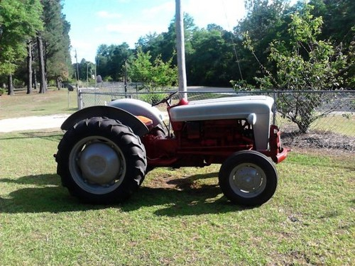 Ford 800 Tractor : Ford tractor series  service