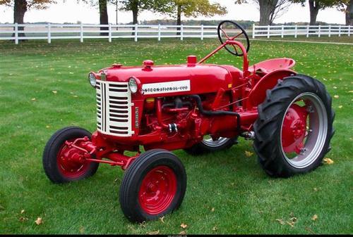 International Harvester Cub Tractor : International harvester ih farmall cub lo boy