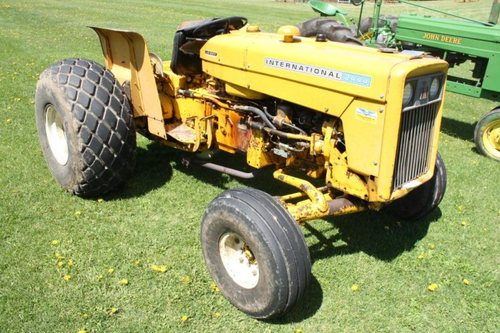 ih international harvester series b 275 b 414 354 364 384 424 444 2 rh tradebit com 364 International Tractor Manual International 364 Tractor with Loader