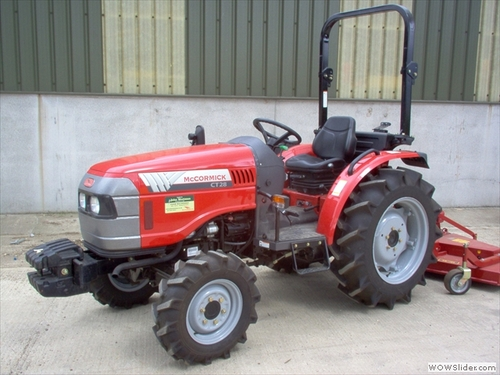 Guy Fixing Tractor : Mccormick ct series tractor workshop service