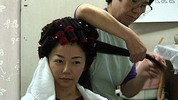 Thumbnail Japanese Lady hair roller set video (yu-S001) DOWNLOAD