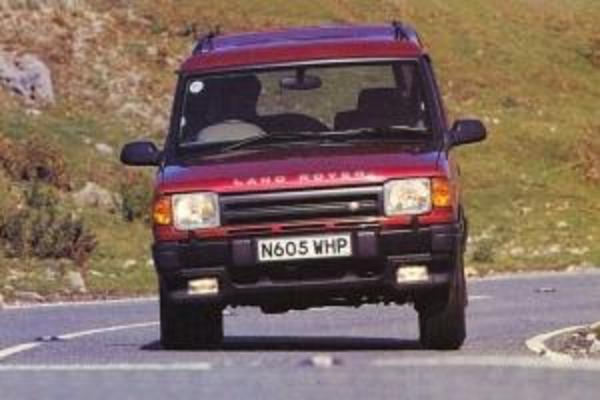 land rover discovery series 1 1995 1999 workshop manual download rh tradebit com land rover discovery 1 workshop manual free download Land Rover Discovery Interior