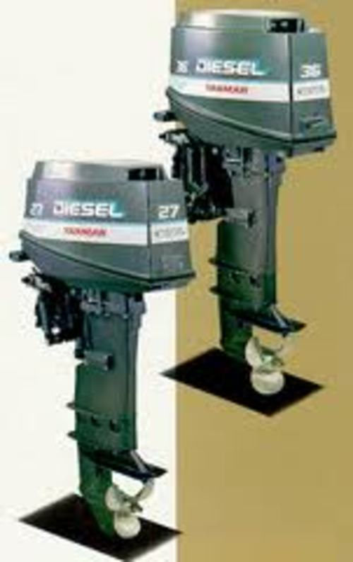 Service and repair your boat motor with an outboard manual for Boat motor repair manuals