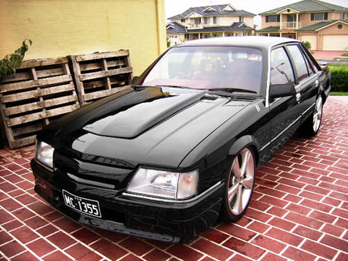 Pay for HOLDEN COMMODORE / CALAIS VK SERIES SERVICE & REPAIR MANUAL (1984 1985 1986) - DOWNLOAD!