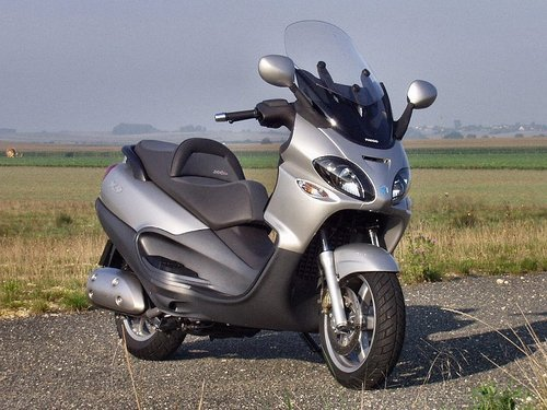 piaggio x9 125 180 scooter service repair manual download. Black Bedroom Furniture Sets. Home Design Ideas