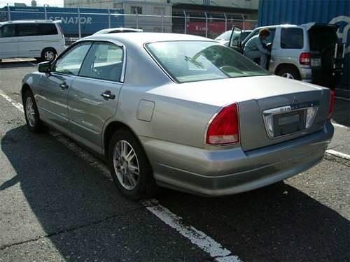 Mitsubishi diamante 2005