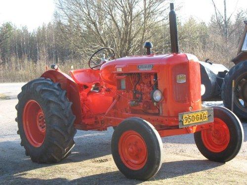 nuffield universal three 3 four 4 tractor repair service manual d rh tradebit com Nuffield 460 Tractor Vintage Farm Tractors