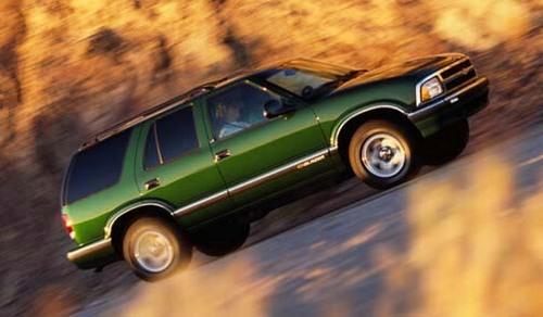 Chevy Chevrolet Blazer 1995 1996 1997 2004 1998 1999 2000 border=
