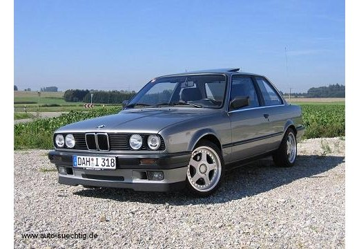 bmw 318 2002. BMW 318i (without the ugly