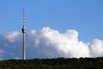 Stuttgarter Fernsehturm mit Wolken
