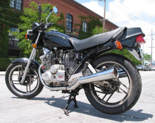Free Yamaha XS400 Seca Workshop Service Repair Manual DOWNLOAD Download thumbnail