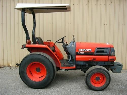 Kubota L3300DT And L3300GST Operators And Parts Manual