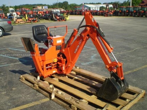 Free Kubota Backhoe  B4672A BL4690A operator and part manual Download thumbnail
