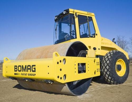 Pay for Bomag BW211D-40 service, training and operators manuals.