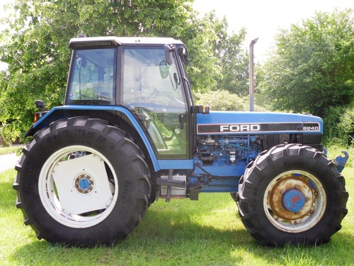 Ford New Holland 8240 Service Repair Improved Manual