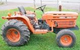 Thumbnail Kubota B9200HST Tractor Operator Manual DOWNLOAD