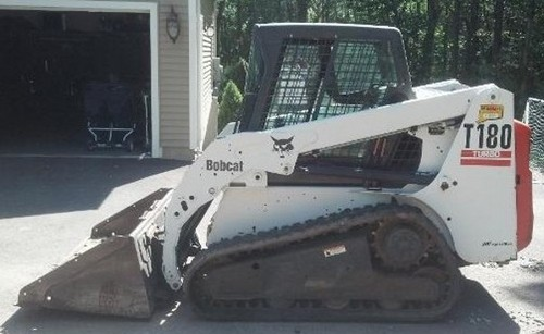 Bobcat T180 Compact Track Loader Service Repair Workshop Manual DOWNLOAD (S/N 531411001-531459999, S/N 531511001-531559999)