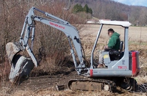 Free Takeuchi TB025 TB030 TB035 Compact Excavator Service Repair Workshop Manual DOWNLOAD Download thumbnail