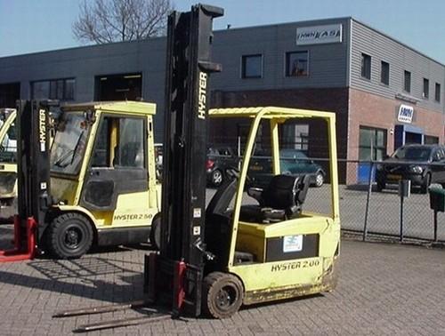 Hyster G160 (J1.60-2.00XMT) Forklift Parts Manual DOWNLOAD
