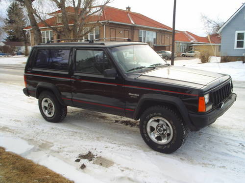 Thumbnail The BEST 1994 Jeep Cherokee XJ Factory Service Manual