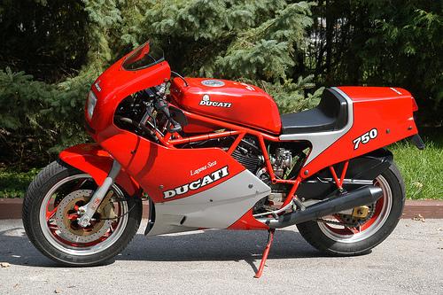 Ducati 750 Montjuich    750f1 Service Repair Manual
