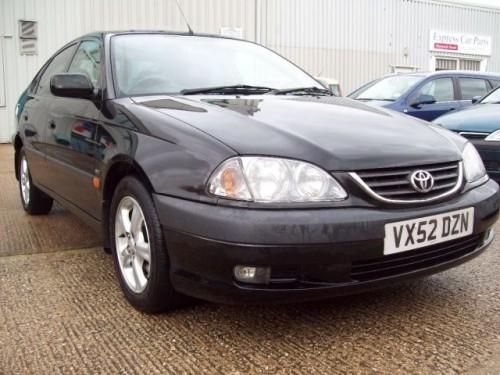 Toyota Avensis (1998-1999)