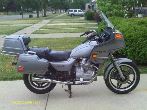Pay for Suzuki GL500, GL500 Interstate, GL650 Interstate Motorcycle Service Repair Manual 1981-1983
