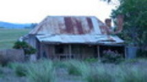 Thumbnail old hut
