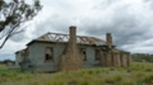 Thumbnail abandoned shearers hut