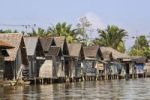 Thumbnail Stilt houses, village on the banks of the Sungai Barito River near Banjarmasin, South Kalimantan, Borneo, Indonesia, South-East Asia