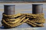 Thumbnail Bond, interwoven rope between two bollards, Kiel, Schleswig-Holstein, Germany, Europe