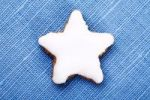 Thumbnail Star-shaped cinnamon cookie