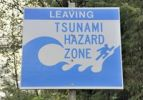 Thumbnail Sign indicating the end of a tsunami hazard zone on highway 1, Pacific coast, Newport, Oregon, USA