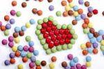 Thumbnail Heart shape made of coloured chocolate drops