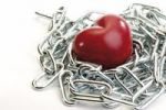 Thumbnail Heart in chains