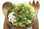 Thumbnail Mixed salad, lettuce, carrots, onions, corn salad, mushrooms, cucumbers, salad cutlery