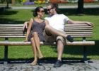 Thumbnail Love couple on park bench