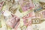 Thumbnail Canadian dollar bills