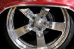 Thumbnail Shiny chromed custom classic car wheel